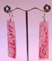 Scroll Flat Earrings In Pink